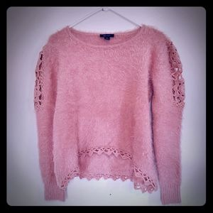 Zaria Cropped Pale Pink Sweater